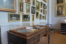 Musee Jean Jacques Henner-Paris-Henner's painting table
