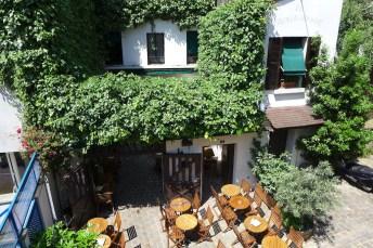Montmartre- Restaurant rue Poulbot-03