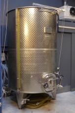 Les Vignerons Parisiens-Stainless steel tank