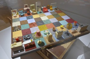Women House-Rachel Whiteread-Modern Chess set