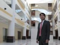 Dubai lawyer advocates migrant Filipino rights, receives award