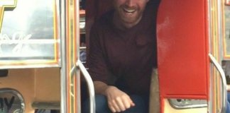 Coldplay's Jonny Buckland riding a jeepney