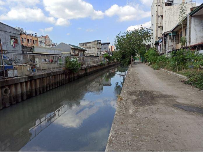 Estero de Tripa de Gallina longest creek