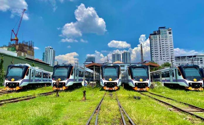 Metro Manila new railway trains