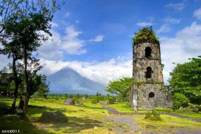 Cagsawa Ruins Mayon Volcano