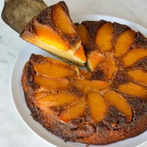 caramel peach upside down cake