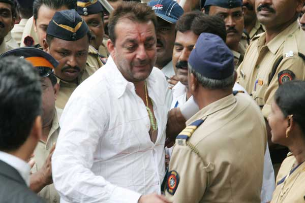 Sanjay Dutt's Pardon Petition Rejected by Governor