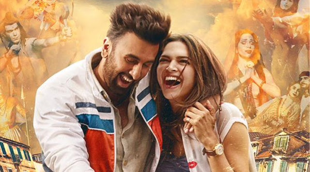 "Team ""Tamasha"" goes on a train ride from Mumbai to Delhi"