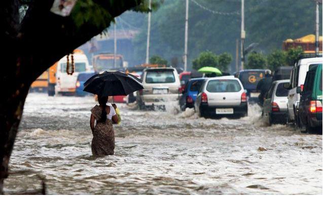 PM Modi announces a Rs.1000 Crore Relief to flood-stricken Chennai