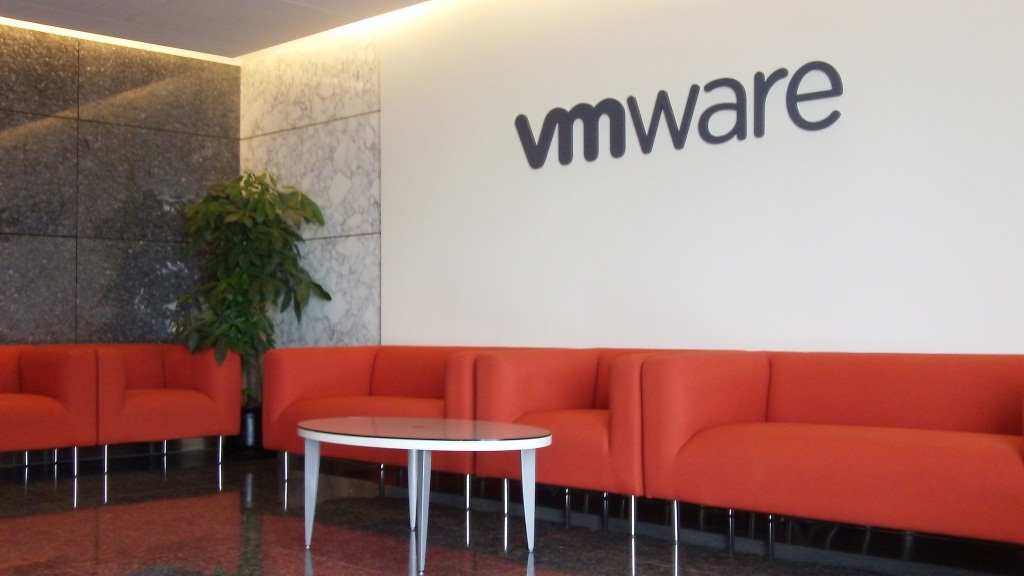 VMware: Software Company Confirms Layoff of 800 Employees in 4th Quarter Earnings Statement