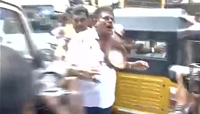 Sasikala Pushpa's husband, lawyers assaulted outside AIADMK office