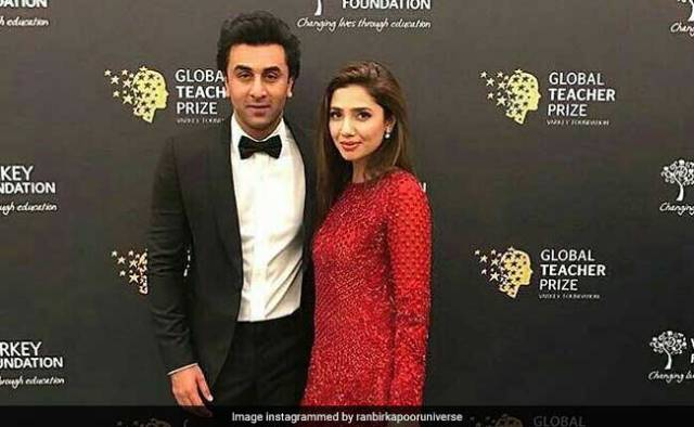 Backstage Fun of Ranbir Kapoor and Mahira Khan, Viral Video on the Internet