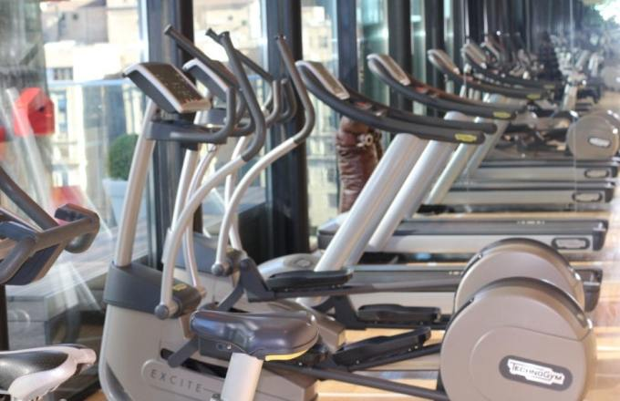Boutique hotels in new york city Citizen M fitness travel exercising ellipticals