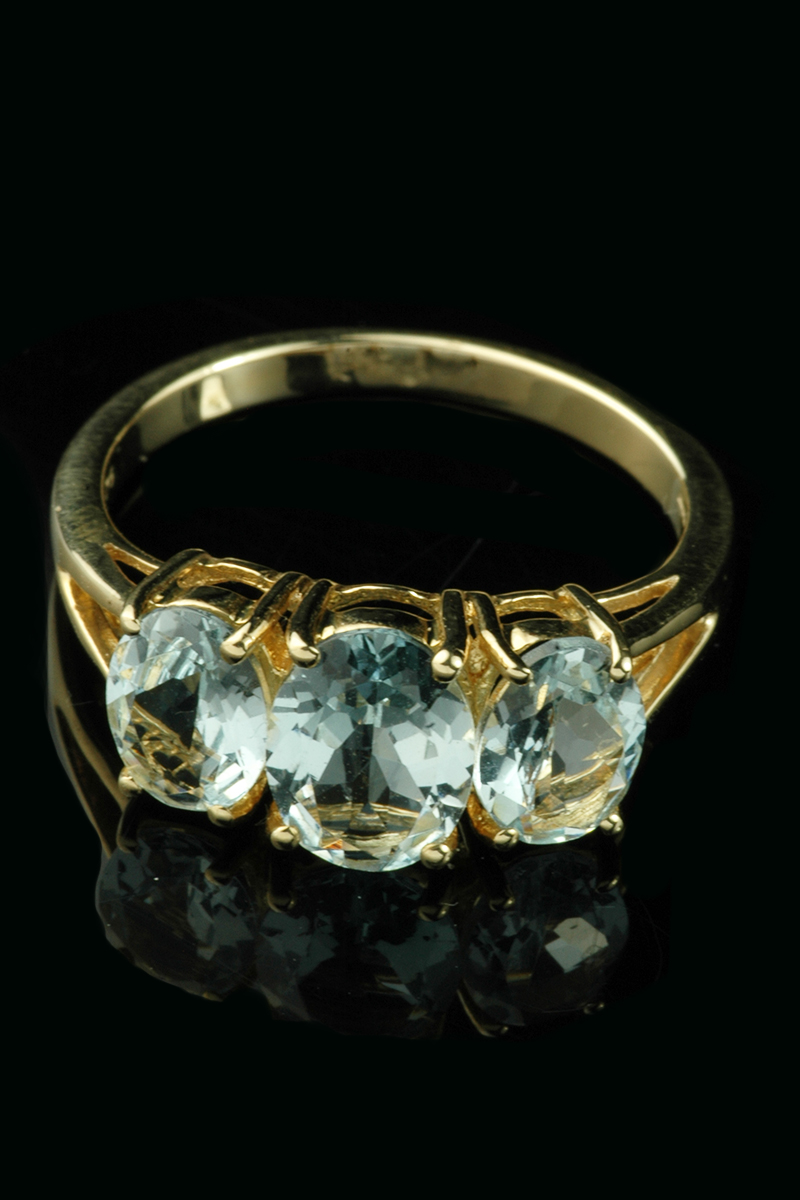 9ct Yellow Gold 3 Stone Aquamarine Ring Goodwins Antiques