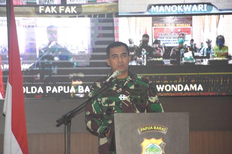 "Kasdam XVIII/Kasuari: ""Deklarasi Damai dan Tolak Anarkisme"" Sebagai Komitmen Bersama untuk Wujudkan  Papua Barat yang Aman dan Kondusif"