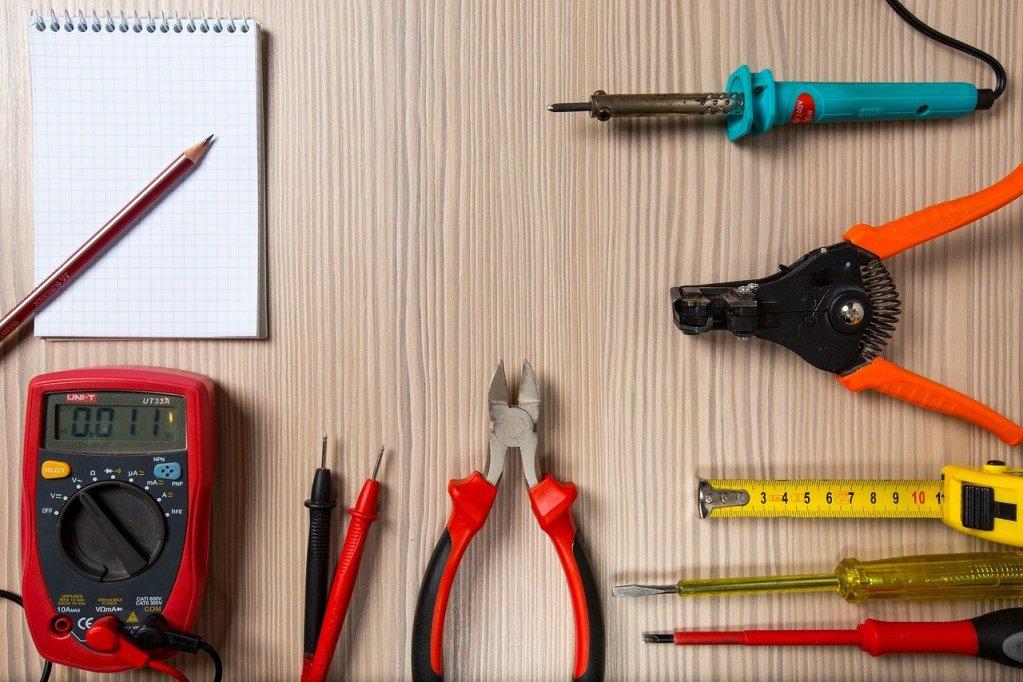 tool, tester, screwdriver-2766836.jpg
