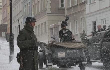 В Варшаве проходят масштабные съемки фильма «Курьер» Владислава Пасиковского