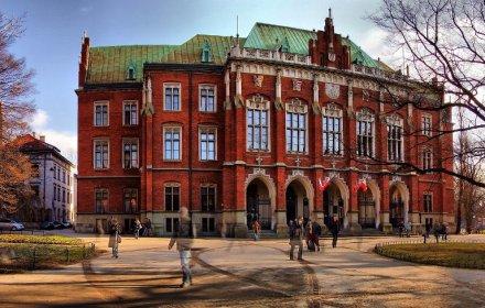 Названо найпопулярніші галузі навчання 2019/2020 у Польщі