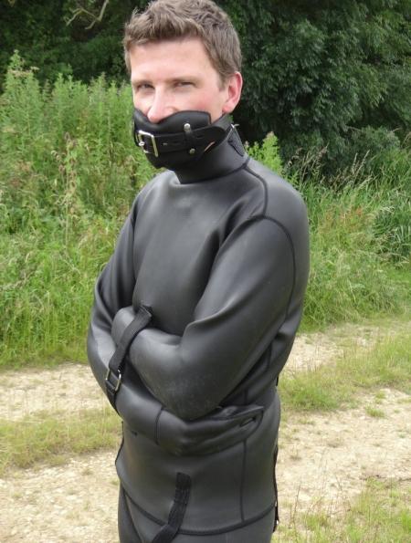 neoprene straitjacket