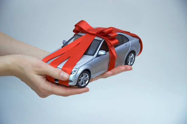 Car with bow on top like gift