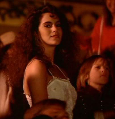 Star-Jami-Gertz-Lost-Boys