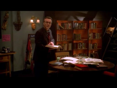 Giles librarian Buffy