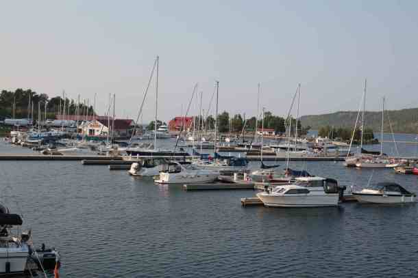 Boats docked at Gore Bay marina.