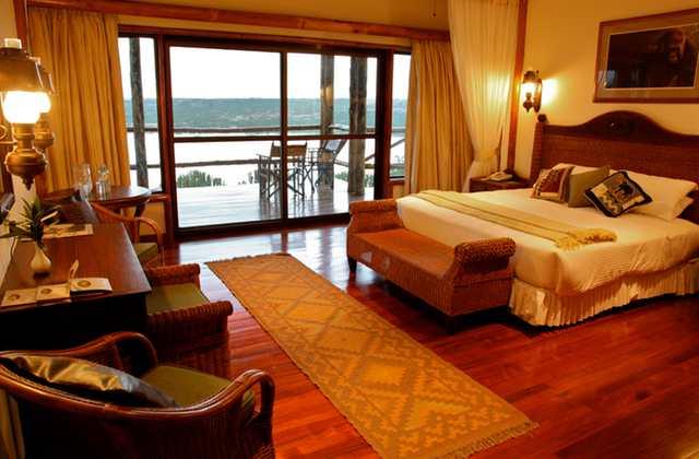 Queen's Cottage room, Mweya Safari Lodge