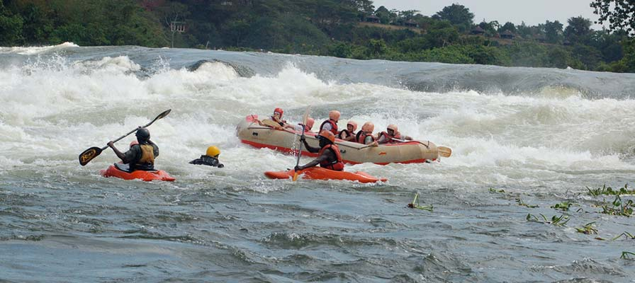 whitewater rafting in Jinja, source of the nile