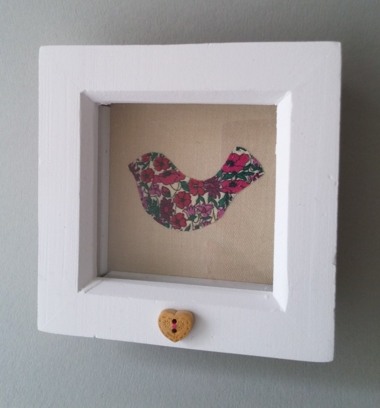 Applique bird picture