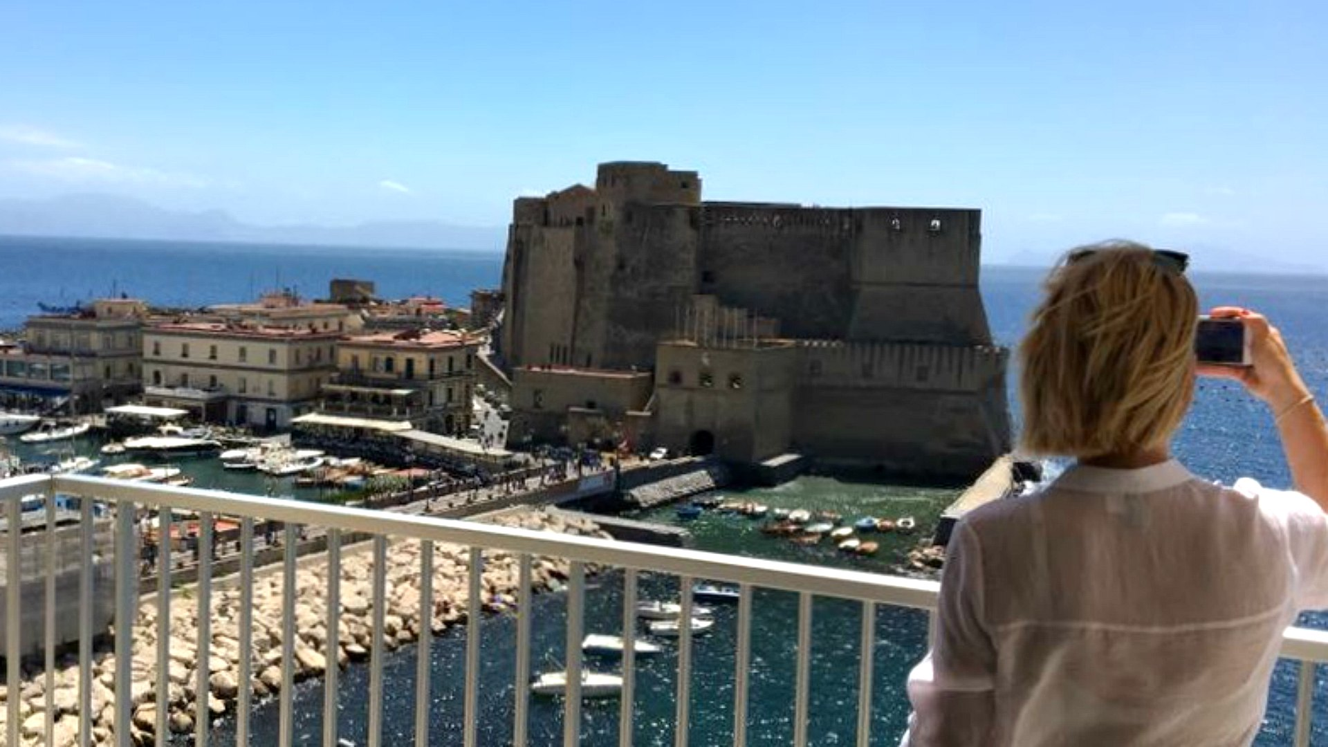 Naples - Castel dell'Ovo with me