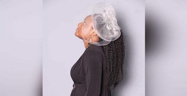 Adwoa Fosua - Wo Ye Ohene