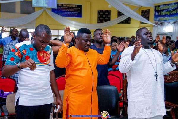 Prophet Dr Emmanuel Badu Kobi anoints Son, Counselor Lutterodt 1