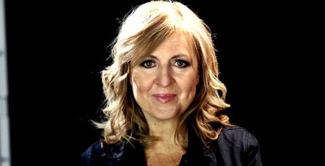 """surrounded: Darlene Zschech Releases New Song """"Surrounded"""""""