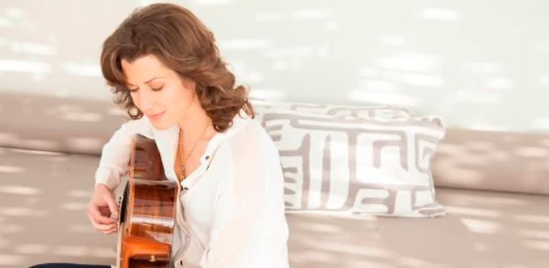 news amy grants tennessee christmas among top seasonal releases - Amy Grant Home For Christmas