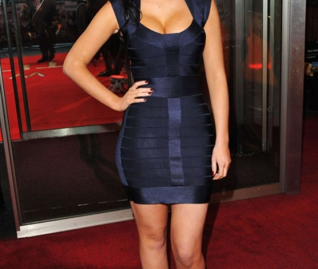 Jacqueline Jossa Cleavage In Small Tight Dress At Wrath Of The Titans