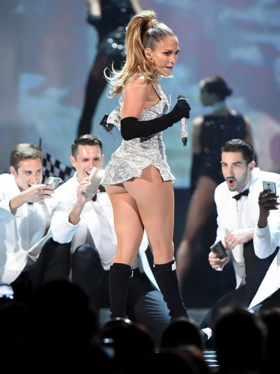Jennifer Lopez Fashion Rocks 2014 Performance 12 GotCeleb