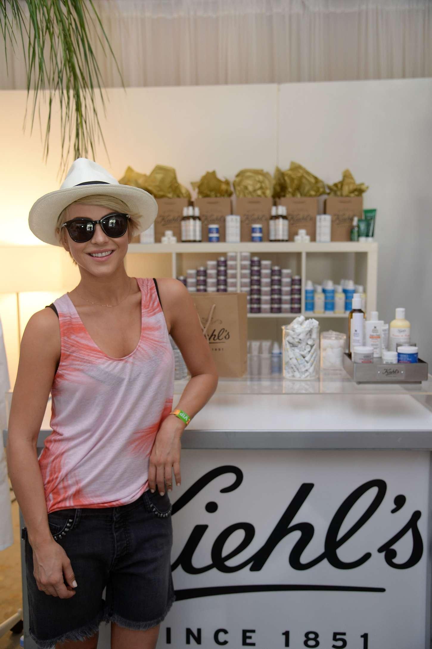 Julianne Hough: Coachella 2014 -02