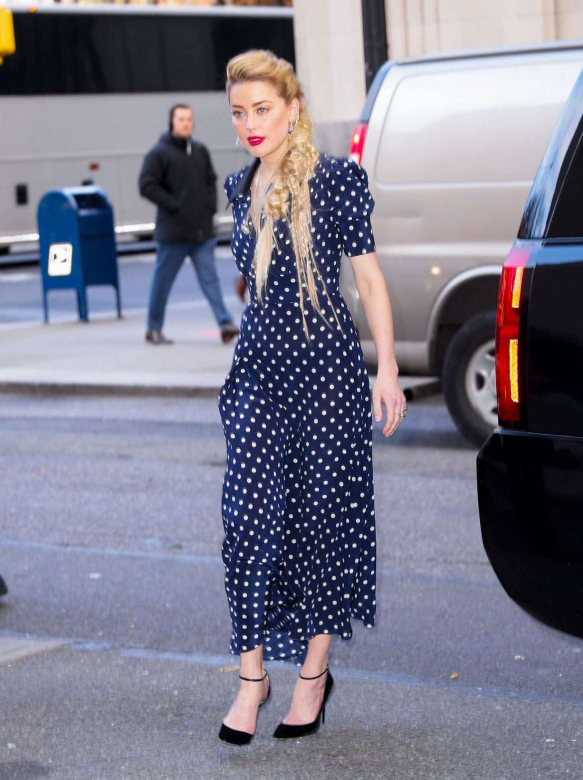 Amber Heard – Arriving at 'Live With Kelly and Ryan' in NY