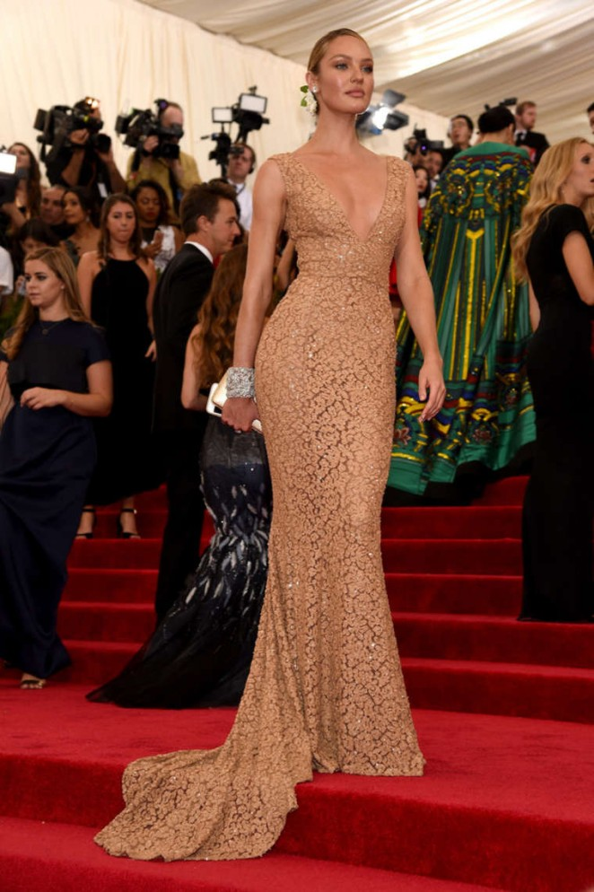 Candice Swanepoel MET Gala 2015 01 GotCeleb