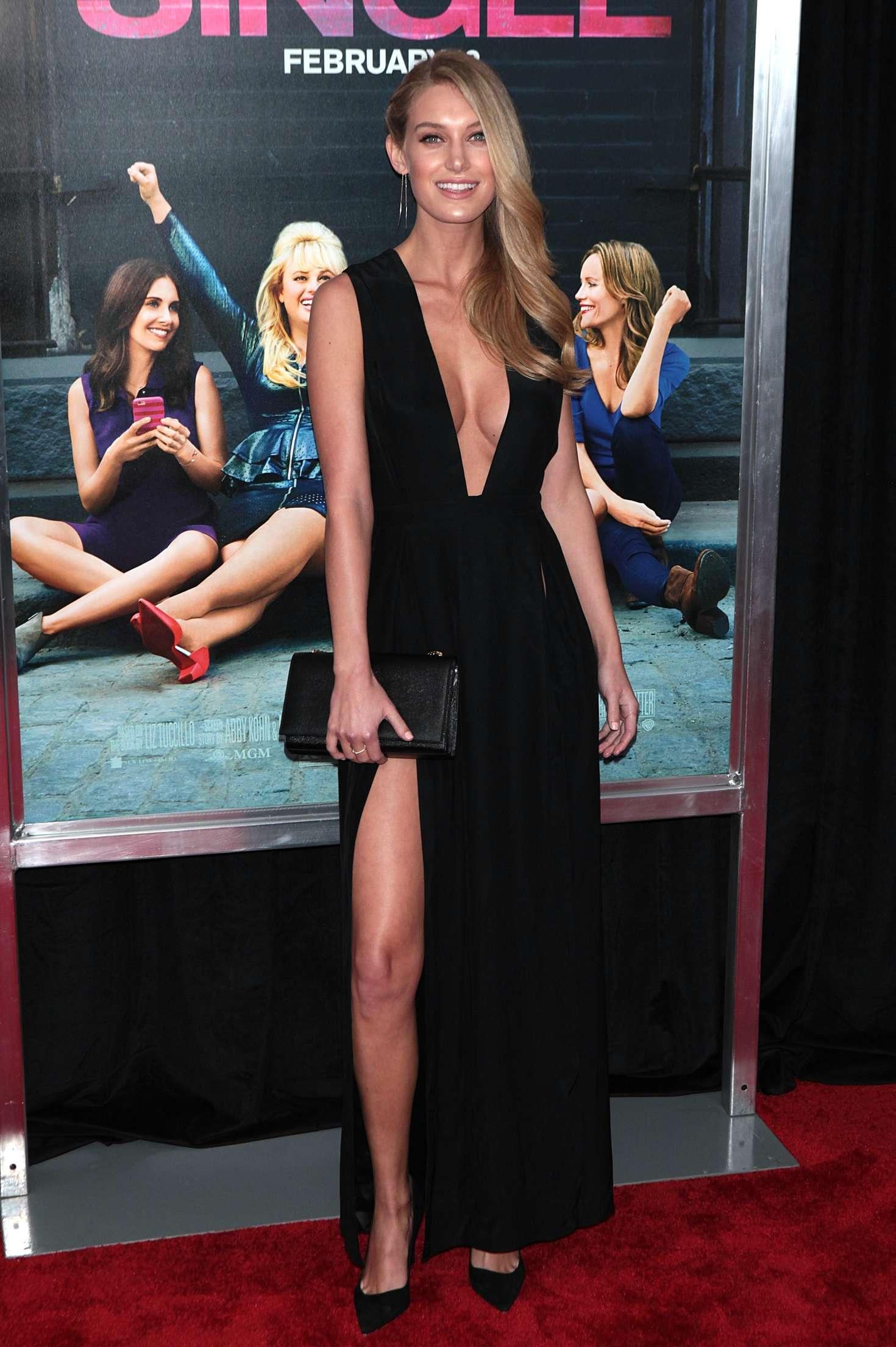 Charlotte Kirk How To Be Single NY Premiere 05 GotCeleb