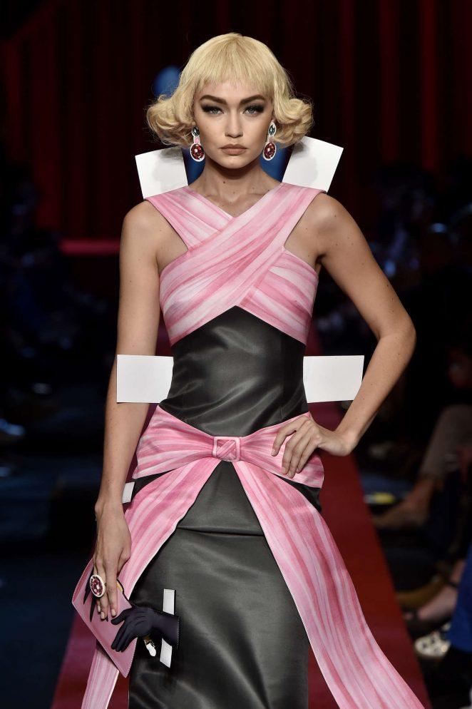 Gigi Hadid Moschino Show 2017 At Milan Fashion Week 17