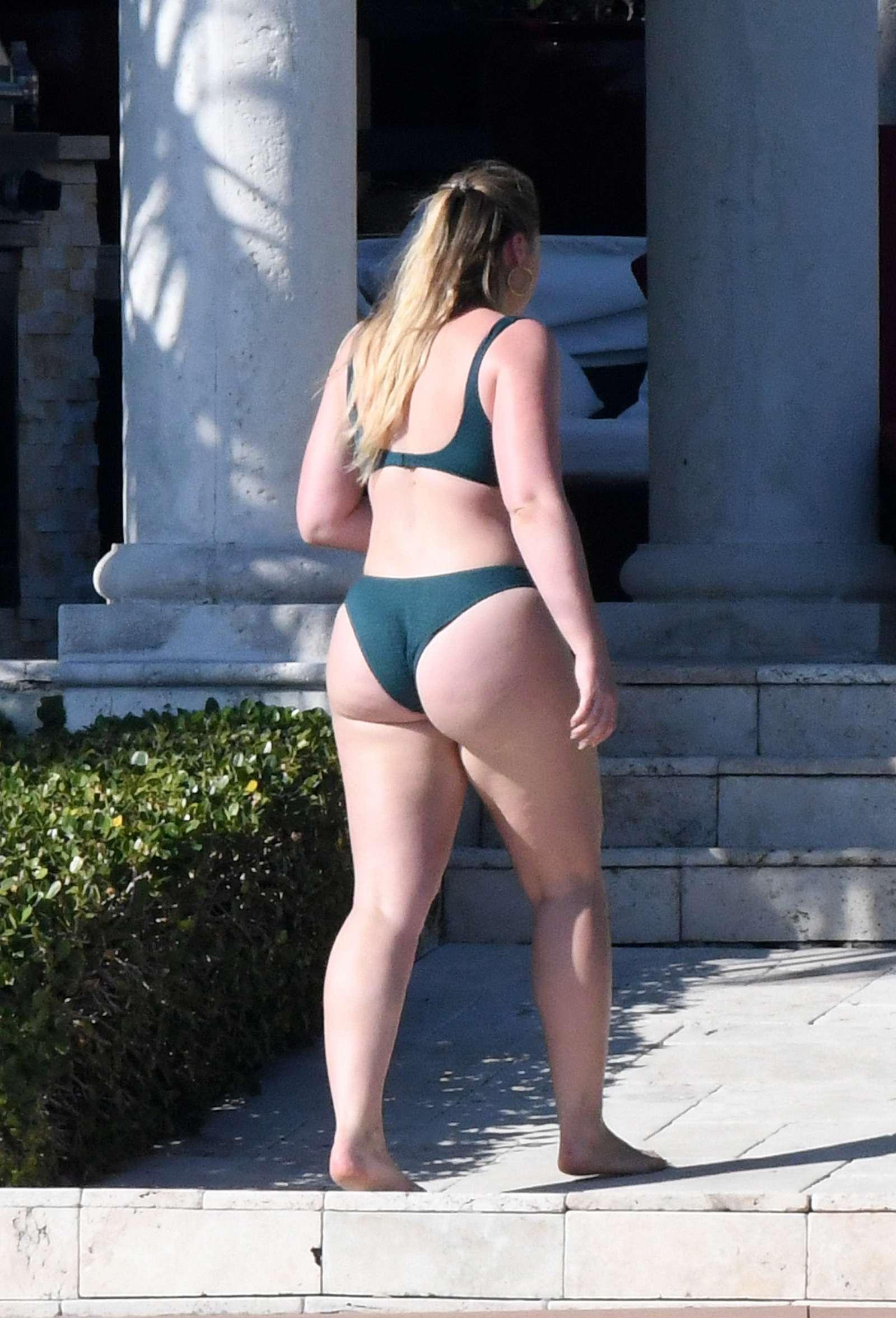 Iskra Lawrence In Green Bikini 2018 09 GotCeleb