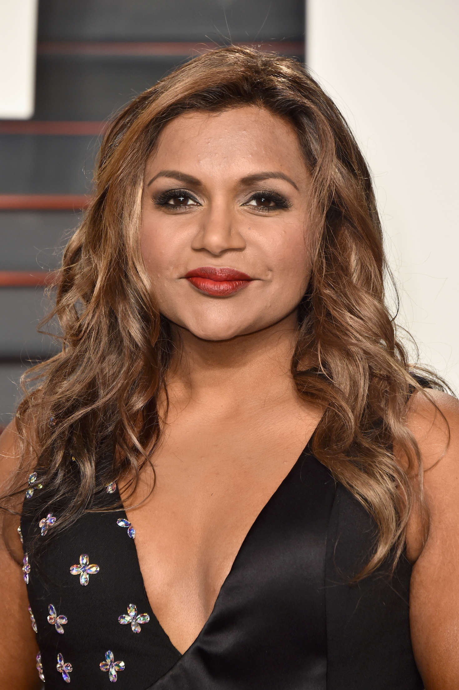 Mindy Kaling 2016 Vanity Fair Oscar Party In Beverly Hills