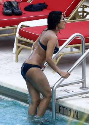 Priyanka Chopra In Bikini At A Hotel Pool In Miami GotCeleb