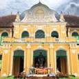 אם ברצונך לגלות מקום מרפא מפתיע ביותר, אנו ממליצים לך לנסוע לעיר פרצין בורי – Prachin Buri, כשעתיים וחצי צפונית מזרחית לבנגקוק, ולהגיע למקום שנקרא Abhaibhubejhr Chaophraya. זאת אחוזה בת […]