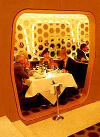 2003_10_leverrestaurant.jpg