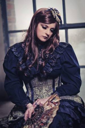 Madame Morticia Noire