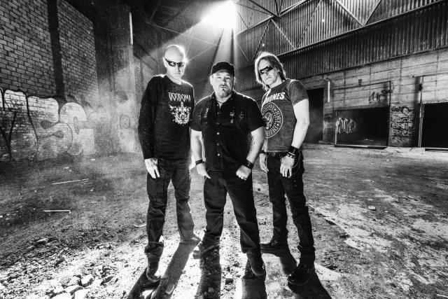Voodoma sind eine deutsche Gothic Dark-Rockband