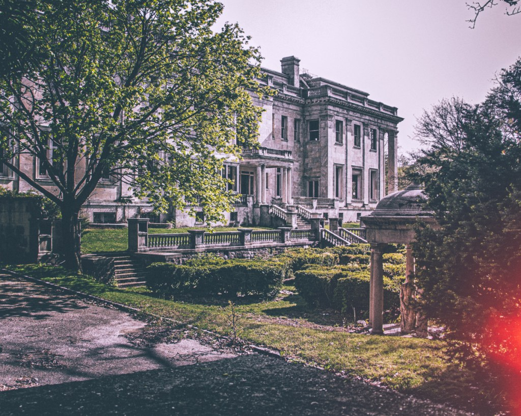 Winfield Hall Gardens